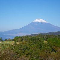 富士山と戯れる秋の箱根峠