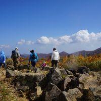塩竃・猊鼻渓・気仙沼から栗駒山・湯沢・一関の旅(三日目)〜須川温泉高原から栗駒山の初心者コースは秋真っ只中。金色に輝く地獄谷周辺の草原に青白く光る昭和湖も楽々到達です〜