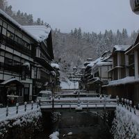 冬の銀山温泉と蔵王