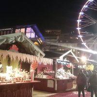 サンタが湖の上を飛ぶ!モントルーのクリスマス・マーケット【スイス情報.com】