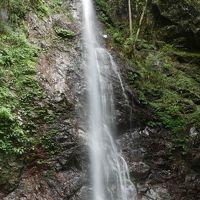 払沢の滝でマイナスイオンを浴びるヽ( ´?`)ノ
