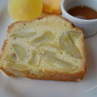 田沢湖畔でマロンケーキをいただく。「たつこ」さんにもお会いしました。