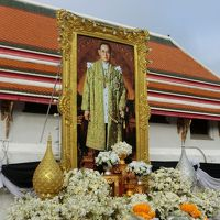 国王逝去で服喪のバンコク市内を観光 < 2016 タイ旅行 2日目 >