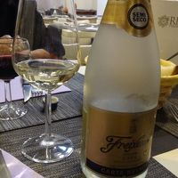 北イタリアの珠玉の街々(56) トレヴィーゾ アクイレイアから戻り、ホテル近くで夕食。