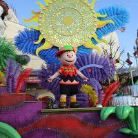 クリスマス気分♪ USJ で ギネス認定 世界一の光のツリー☆。.:*・゜平日(火曜)も 混みこみ