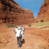 ディスカバー オーストラリア  8日間の旅  4〜6日目 エアーズロックにて