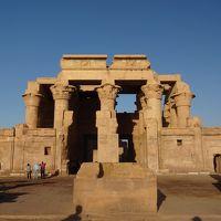 悠久のナイル川クルーズとエジプト周遊8日�
