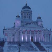 初めての北欧フィンランド旅行は、寒さの我慢大会?! -Part VI- 吹雪の中、ヘルシンキの街中観光 & 友達と別々の便で帰国編