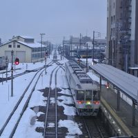 特急「ひだ」で行く、冬の高山! 雨降る夜・・「さんまち」ぶら歩き。