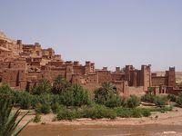 世界遺産の要塞都市「アイト・ベン・ハドゥ」とサハラ砂漠への入り口「ワルザザート」おまけで夜のマラケシュ