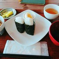 朝ごはんを浅草で