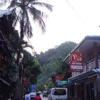 駐在のついでに 【その43】 フィリピン遠征� エルニド2日目、朝食前の街歩き!
