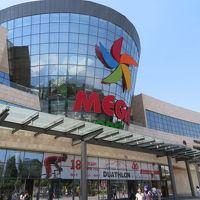 カザフスタン 「行った所・見た所」 アルマトイの(ジベックジョル通りとMEGAショッピングセンター散策)