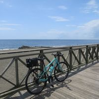 自転車で湘南砂浜の道をポタリング
