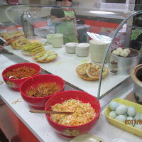 哈爾濱の餡餅店朝食・西七道街