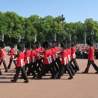 夏のロンドン旅行� 衛兵交代式の場所取り極意・バッキンガム宮殿一般公開・フォートナム&メイソンで食事・ロンドンアイ、ビッグベン、トラファルガー広場、パディントン駅など