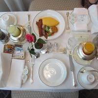 東京観光② 帝国ホテルルームサービスと皇居見学