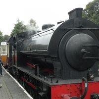 還暦過ぎ夫婦世界一周旅行、湖水地方で蒸気機関車に乗るーここは機関車トーマスの世界だ!