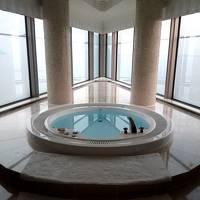 平日のヒルトン福岡シーホーク 最上階 先端ジャグジーの部屋の巻