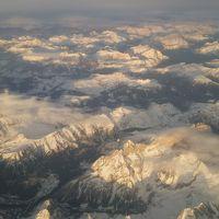 飛行機からのアルプスの絶景