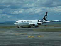 ニュージーランド航空搭乗とエコノミー・スカイカウチ体験