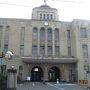 お友達に会いに、福島にやってきました。 友達と会うのは、明日なので、今日は会津を観光します。  写真は会津の役所。 ちょっとレトロですね。