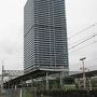 ●JR久宝寺駅前  大阪市内からでも見えるJR久宝寺駅前のビル。 角度悪いのですが、実は、ツインビルです。 巨大です。