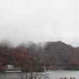 中禅寺湖の紅葉2