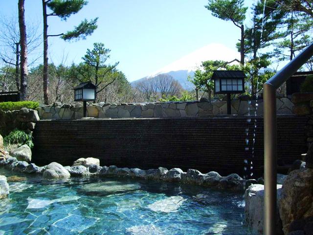 「美肌の湯」を厳選!女性にうれしい関東の日帰り温泉10選