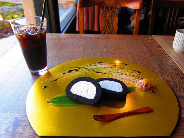 ほっこり、癒やされる京都のカフェ13選。町家からレトロ喫茶など
