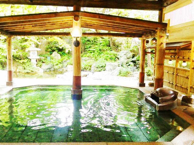 癒やされる群馬の温泉地10選。情緒ある温泉街や泉質自慢、秘湯あり