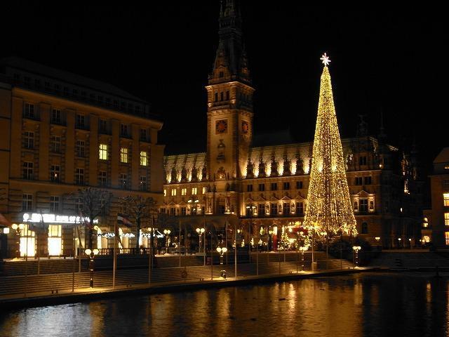 【8位】ハンブルクのクリスマスマーケット (ヴァイナハツ マルクト)