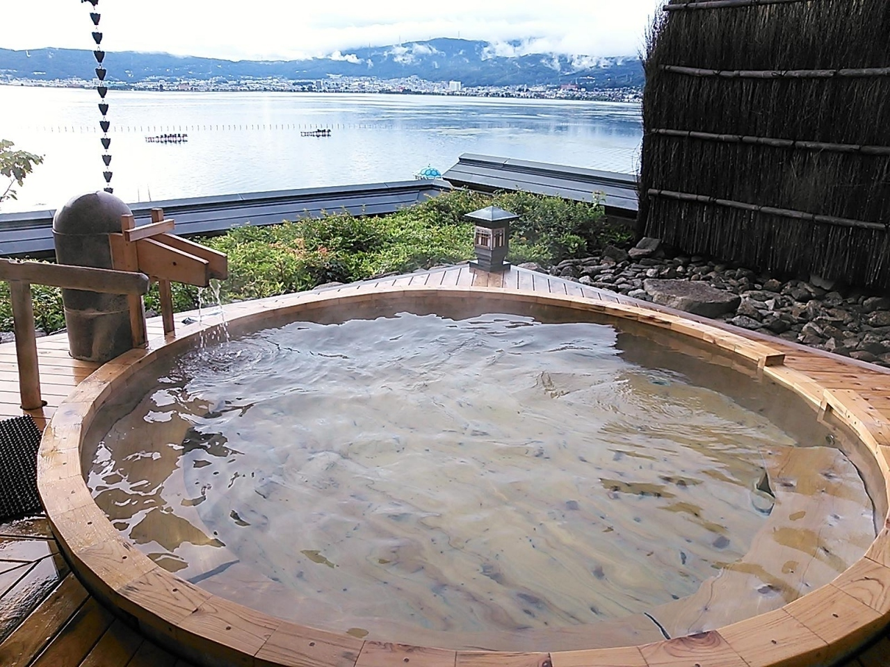 双泉の宿 朱白 / 長野県
